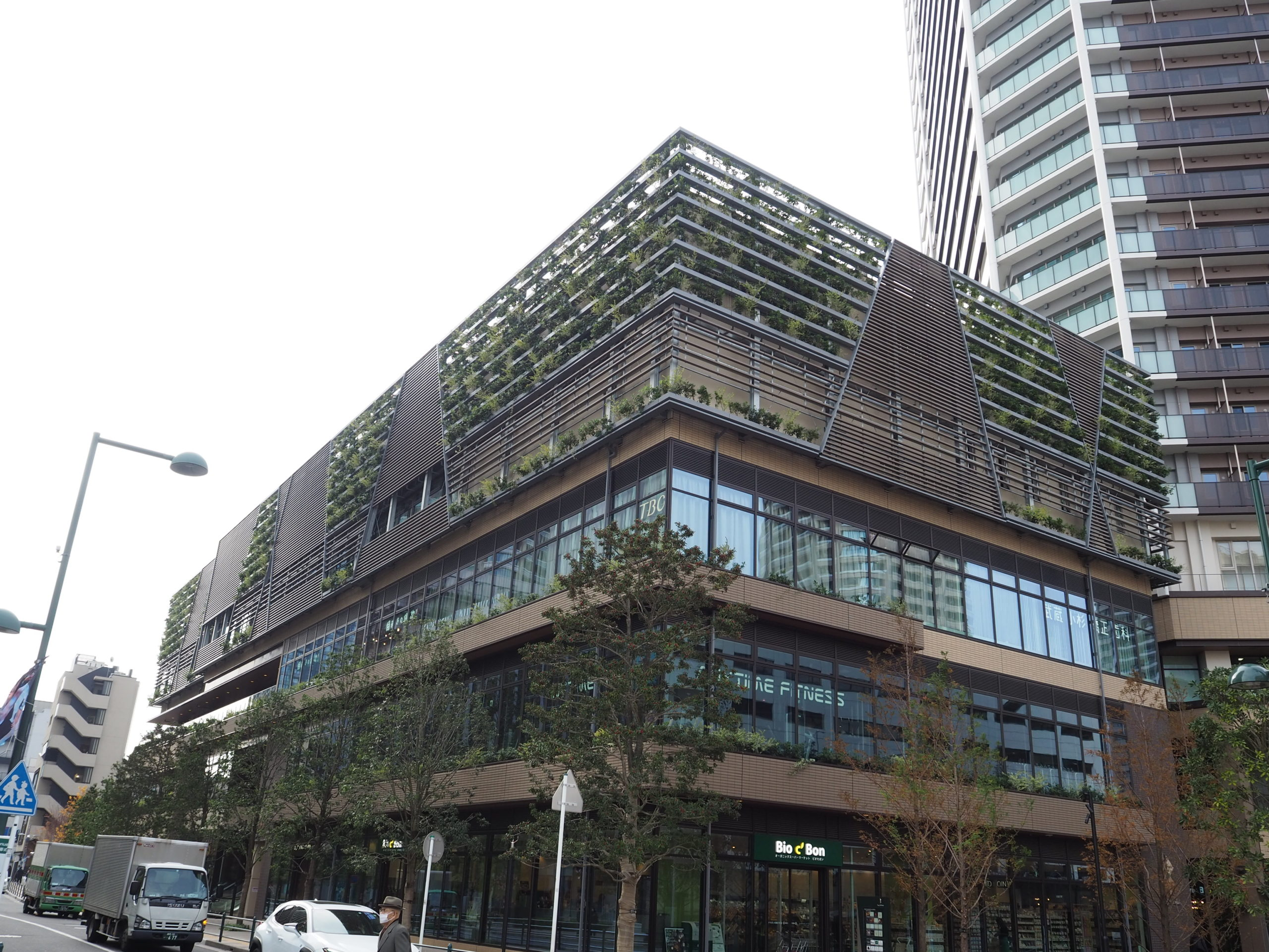 武蔵小杉駅前に複合施設「Kosugi 3rd Avenue」が開業