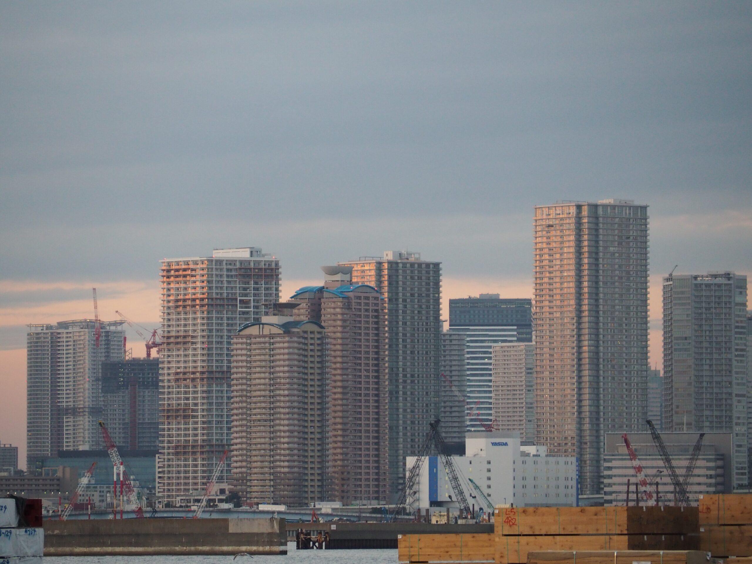 2020年の首都圏マンション発売戸数は、バブル崩壊以来28年ぶりの3万戸割れー12.8%減の2万7228戸に 不動産経済研究所
