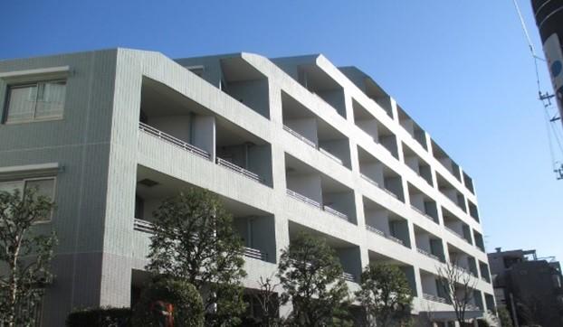 中古マンション価格、売出から成約で約6%下落-東京カンテイ、売却期間9カ月で10%値引き